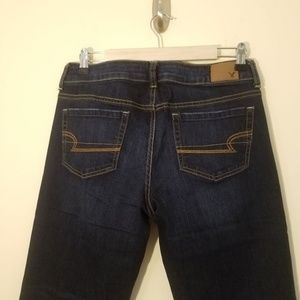 American Eagle Favorite Boyfriend Jeans 10